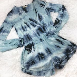 NWOT ANTHRO Cloth & Stone Blue Tie Dye Romper